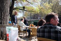 DSCF2284.jpg (amsfrank) Tags: candid amsterdam rivierenbuurt prinsengracht marcella cafe bar marcellas terras sun people tourists