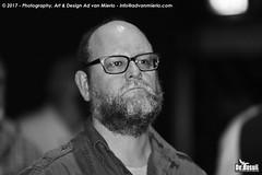 2017 Bosuil-Het publiek bij The Bluesbones en Dan Patlansky 7-ZW