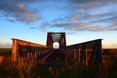 PUENTE FERROVIARIO (kchocachorro) Tags: photography photographer photoart fotografia fotografo puente bri bridges railwail architecture arquitectura abandoned abandandonado sun sunset perspective atardecer