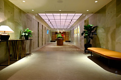 Elegant spaces (A. Wee) Tags: cathaypacific thepier firstclass airport lounge hkg hongkong 国泰航空 香港 机场 中国 china