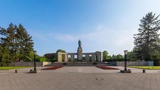 Sowjetisches Ehrenmal, Tiergarten, Berlin