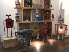 Grand salon d'art abordable (Gille Monte Ruici) Tags: assemblage art artistic salon grandsalondartabordable exposition exhibition recycling recycledmetalart robotssculpture robot recycledassemblage recyclage upcycling metal metallic maker metalart metalbox gillemonteruici doityourself diy détournement design decoration foundobjects foundartrobot hijackingobjects handmade homemaderobots lampe lamp repurposed craft steel robotics reused reuse fiction sci retro space vintage tin character creature monster invader recycledbot bot botmaker sculpture recycle robotic diyrobot recycledreusedrobotsculpture reusedbotsculpture robotsrecyclés