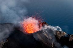 DSC_1640 (Tango Charlot) Tags: stromboli volcano isole eolie sicilia lava