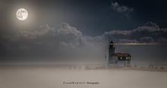 The Fog .... (mr.wohl) Tags: fog nebel nacht nachtaufnahme leuchtturm licht wasser see meer