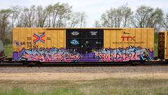 Paveo/Resa (quiet-silence) Tags: graffiti graff freight fr8 train railroad railcar art paveo resa ons ttx tbox boxcar e2e endtoend tbox668250