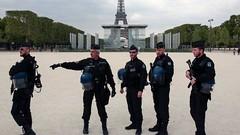 عودة الحياة لامرأة فرنسية بعد ساعة من إعلان وفاتها (ahmkbrcom) Tags: المرأة باريس