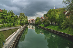 Ljubljana (CROMEO) Tags: ljubljana liubliana eslovenia slo euro europe capital city ciudad green castle river rio water nature high quality life live cromeo cr photo photography view point sky day gray nikon fullframe turismo turism turistico cr17 colors colorfull beautiful place