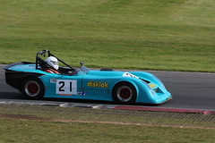 529A3221 (iChasney) Tags: phil hutchins pulsar philhutchin rgb 750 750motorclub 750mc bikeengine motorsport snetterton