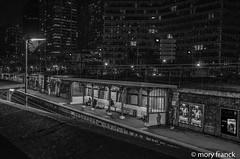Gare de Javel (franck mory) Tags: paris gare nuit noirblanc nikond7000 night blackandwhite bw