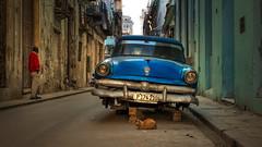 a cat and no wheels (berny-s) Tags: car classic oldtimer blue street habana havana cuba abandoned wheels cat repair