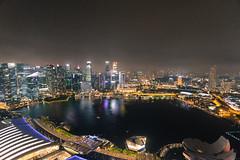 Vista de Singapur (pablocba) Tags: landscape asia city buiding edificio edificios noche night horizonte firmamento ciudad cityscape sony a6000 ilce6000 urban urbano singapur view vista singapore singapura modenor moderna moderno modern