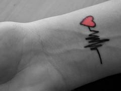 cardiogram... (Irène♥ *¨*•.¸¸★) Tags: blackandwhite hand heart red olympus olympussh60 tattoo