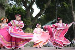danza flolklorica de casa del abue (13) (Gobierno de Cholula) Tags: que chula cholula danza danzapolinesia danzasprehispánicas libro