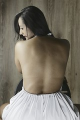 In retrospective (HSOBERON) Tags: back beauty behind blanco canon70d chair cute endorinc girl hair hernansoberon hsoberon lady look mujer norebos pastel sentada sitdown softcolor suave texture vestido whitedress woman