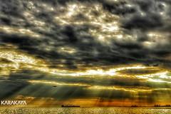 #photography #canon700d #istanbul #bahar #spring #flowers #flower #snapseed #clouds #bulut #drama #sun (oppeslife) Tags: drama snapseed bulut spring canon700d flower sun clouds istanbul photography bahar flowers
