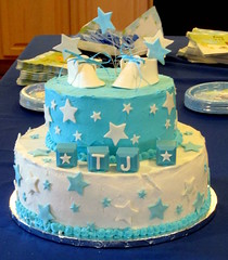 CAKE..... (Daisy.Sue) Tags: winter2017 cake icing bluewhite caketopdecor babybooties white bluelaces blueblocks tj babyboy stars someblue somewhite babyshower newjersey