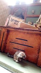 Shop cat (shero6820) Tags: kaufladen old vintage antique toy shop épicerie bahlsen leibnizkeks