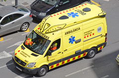 Emergències Mèdiques (bleulights) Tags: sistema demergències mèdiques 0607 mercedes benz sprinter ambulancias domingo barcelona sva suport vital avançat soporte avanzado ambulància ambulancia ambulanza ambulance ambulanz rettungswagen emergències medical emergencies emergencias médicas urgences médicales catsalut advanced life support soutien de la vie avancée samu
