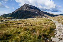 Pen yr Ole Wen, Snowdonia, Wales. (Marie-Laure Even) Tags: 2017 chemin cloud cymru europe fjall gallois galloise hike landscape mai marielaureeven may montagne mountain nature nikond7100 nuage path pathway paysdegalles paysage penyrolewen people printemps royaumeuni snowdonia snowdonianationalpark spring track travel uk unitedkingdom voyage wales welsh wild wilderness гора природа