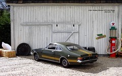 1969 Holden Monaro GTS 350 Coupe (JCarnutz) Tags: 124scale diecast topgeartrax 1969 holden monaro gts