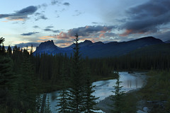 Take a Bow (Zur@imiAbro@d) Tags: canada alberta landscape mountains river glacier banffnationalpark nationalpark sunset tones clouds castlemountain bowvalley zurimiabrod