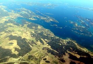 Three views of Årsta Havsbad: wide