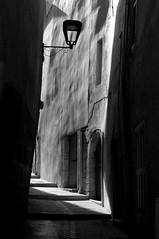 traces du temps - brignoles (delphine imbert) Tags: noir blanc monochrome var ville pierres histoire