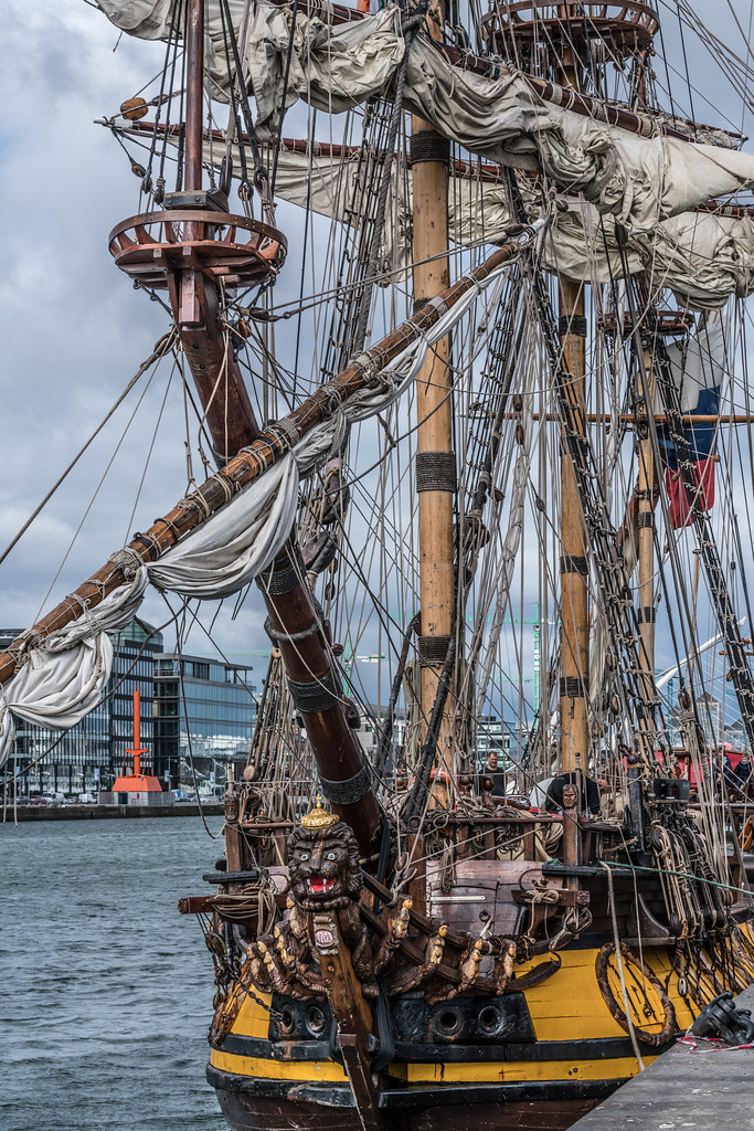 THE FRIGATE SHTANDART [TALL SHIPS LEAVING DUBLIN PORT TUESDAY JUNE 6 2017]-129401