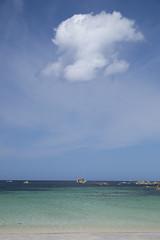 Le nuage et le rocher -* (Titole) Tags: cloud rock titole nicolefaton blue thechallengefactory