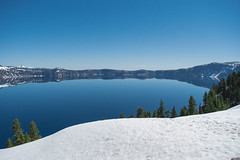 unlikely blue (renrenskyy) Tags: crater lake craterlake nationalpark oregon hiking optoutside reflections reflection mountains volcano