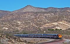 2014-12-13 Cajon Pass CA BNSF8179 ES44C4 (maximaguy97) Tags: train railroad mountain ge generalelectric gevo es44c4 bnsf bnsf8179 cajonpass cajon california