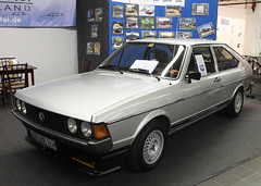 Passat (Schwanzus_Longus) Tags: techno classica essen german germany old classic vintage car vehicle fastback volkswagen vw passat gl dasher