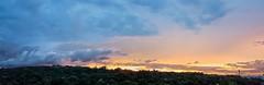 Paisagem do entardecer... (carlos.ufmg) Tags: sky nuvem clouds landscape paisagem entardecer evening samsung galaxy s7 edges7