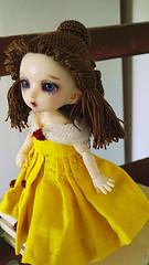 Coquille / Shell (Leegloo) Tags: pukifee pkf fairyland fl bjd tiny 16 18 pukifée doll ball jointed dolls wig lee leegloo beauty beast belle et la bete disney yellow dress laine crochet le petit froufrou crocheted wool