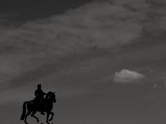 Henri IV et les nuages.. King Henri IV and the clouds... (alainpere407) Tags: alainpere candidpictureinparis parisinsolite paris parisnoiretblanc statue henriiv