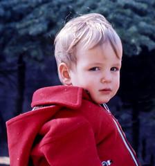 Happy birthday! (giorgiorodano46) Tags: luglio1976 july 1976 giorgiorodano birthday compleanno child son red colors portrait analogica analog monterado marche italy