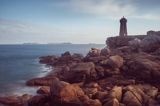 Le phare de Ploumanac'h et le visage