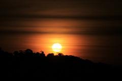 Sunset (27brambilla) Tags: sunset pordosol sun sol amarelo yellow nature color colors cor cores canon 70200 brazil andré brambilla27 brambilla caconde mirantedecaconte mirante entardecer tarde afternoon shadow sombra sky céu wild nofilter