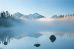 Three Sisters (Ray Palmer Photography) Tags: threesisters threesisterswilderness hopefaithandcharity mckenziepass oregon or scottlake westerncentralcascades cascades mountains peaks mist fog lae water landscape landscapephotography sunrise