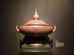Porphyry urn (dlge) Tags: washingtondc museums dumbartonoaks urns porphyry