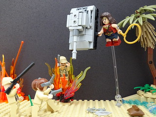 Wonder Woman Tank Battle