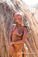 San Bushmen portrait (10b travelling) Tags: 10btravelling 2016 africa african afrika afrique bushmen carstentenbrink conservancy iptcbasic kalahari khoisan naankuse namibia namibian namibie namibië nyaenyae people places san southwestafrica southwest suidwesafrika südwestafrika windhoek clothes ethnic firstnation group headdress huntergatherer indigenous portrait sanctuary south southern southwestern tenbrink tpl traditional tribe wildlife woman