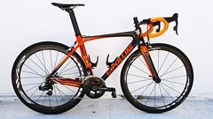 Cipollini BOND with MICHE SWR wheels and sram etap (Mashhour Halawani) Tags: mcipollini bond roadbike probike sram miche etap orange carbon erotic loveroadbikes dtswiss fizik garmin