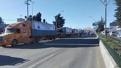 Arriba a la ciudad de #ElAlto el primer embarque de la estructura de la Planta de Tuberías y Accesorios para Redes de #Gas (Ministerio de Hidrocarburos y Energía) Tags: ebih elalto industrialización