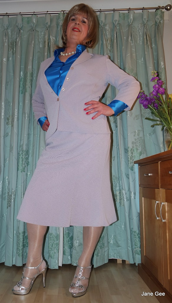 Transvestite skirt suit