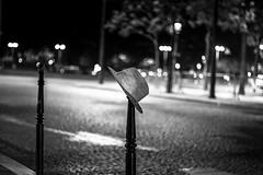 DSCF9846 (::Lens a Lot::) Tags: voigtländer color ultron 50 mm f18 1974 | 6 blades iris m42 paris 2017 street photography streetphotography night light depth field vintage manual fixed length prime lens german germany west bokeh bw black white darkness contrast monochrome