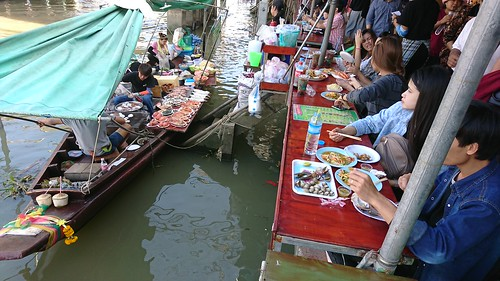 Amphawa Floating Market  安帕瓦水上市場
