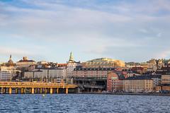 City scenery (Infomastern) Tags: hus riddarfjärden stockholm södermälarstrand bridge bro house vatten water