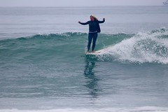 IMG_8411 (palbritton) Tags: surfergirl singlefin surf ocean waves noseride