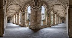 Iglesia de San Martín Pinario en Santiago de Compostela (jetepe72) Tags: santiago de compostela san martin iglesia patio